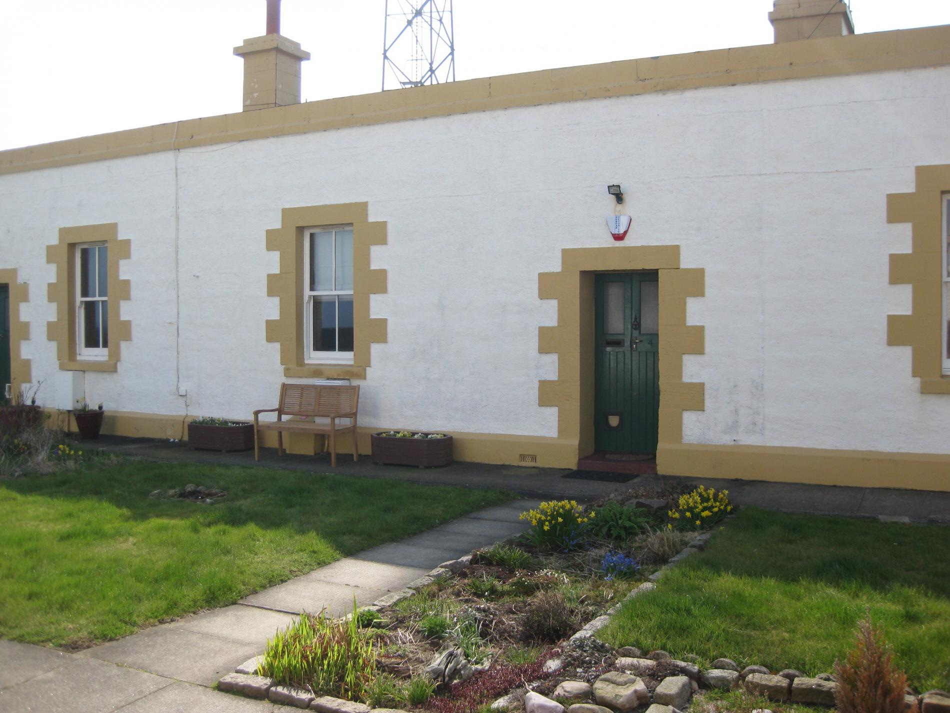 Stay By A Lighthouse at Northern Lights Apartments Aberdeen