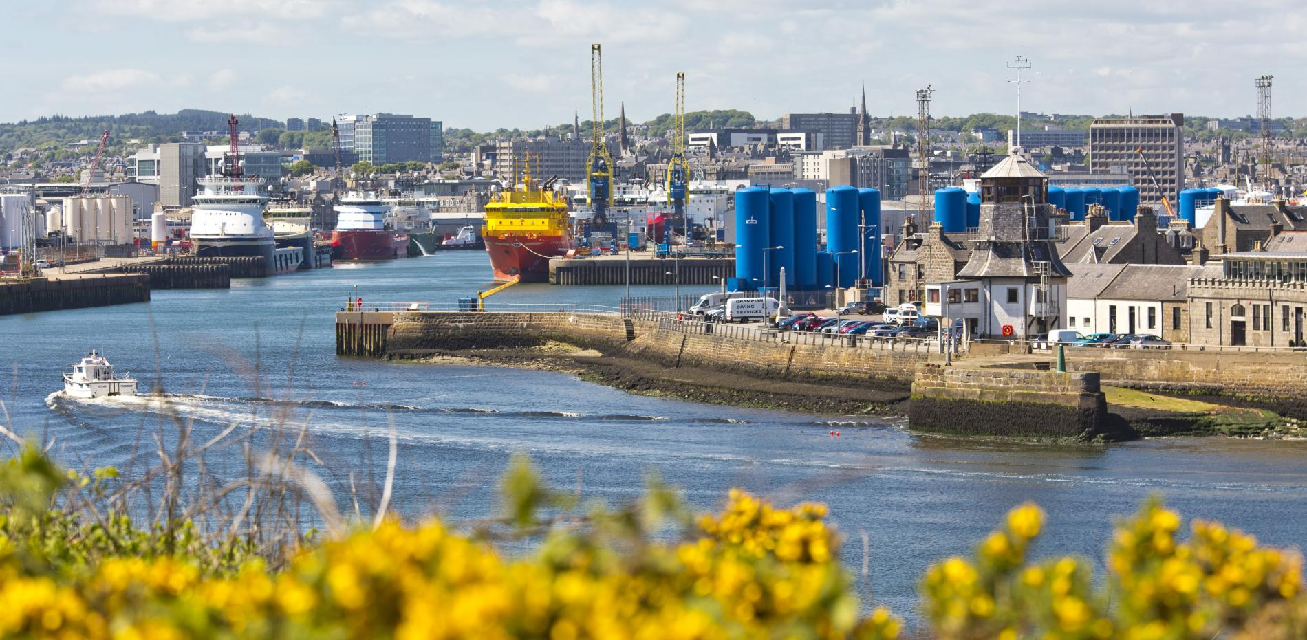 Aberdeen Harbour And Torry Battery