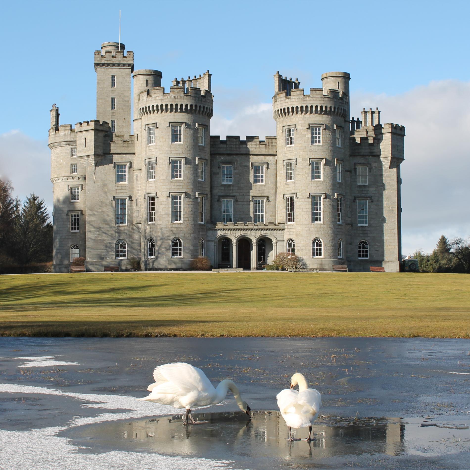 Best Romantic Hotels Scotland: Cluny Castle, Aberdeenshire