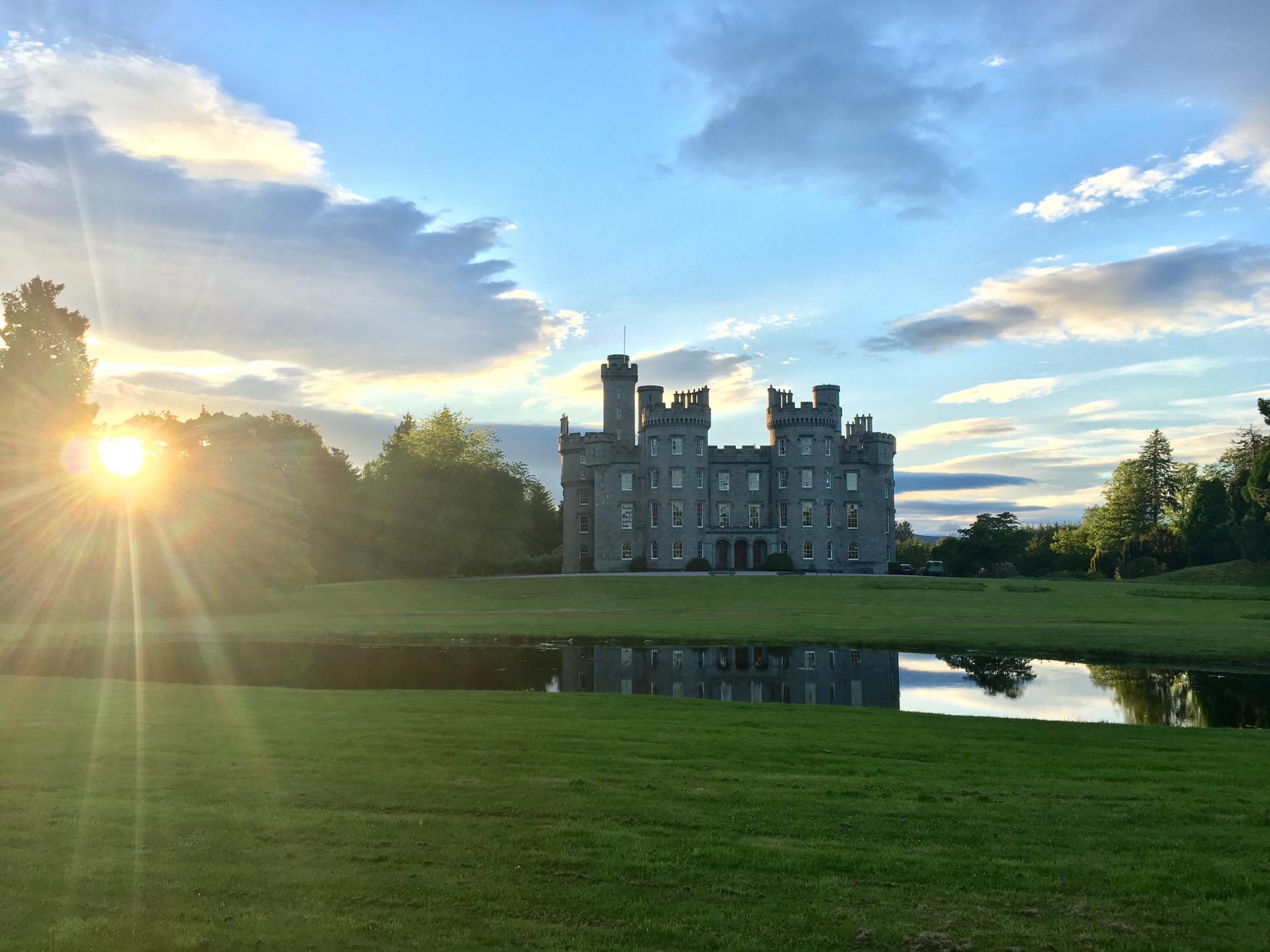 Cluny Castle Aberdeenshire Enjoy An Idyllic Retreat